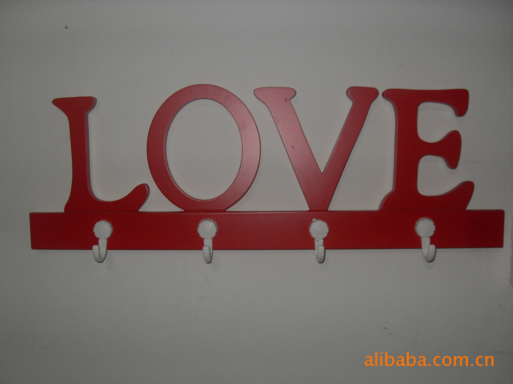 Factory direct wholesale of various shapes linked LOVE handmade Chinese abstract wall hooks