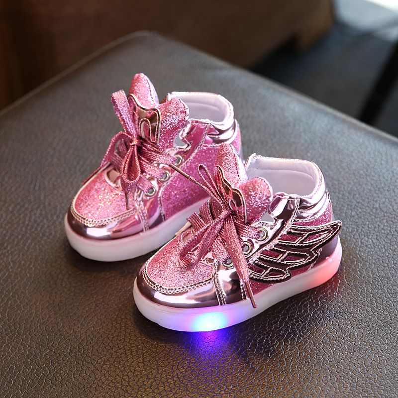 Kids Shoes 2017 European Fashion LED Lighting Children Shoes Hot Sales Lovely Kids Sneakers High Quality