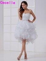 שמלות כלה קצרה הגעה החדשה עם מעילים מתוקה ראפלס אורגנזה לבנה קטנה כלה שמלות Custom Made גבוה נמוך