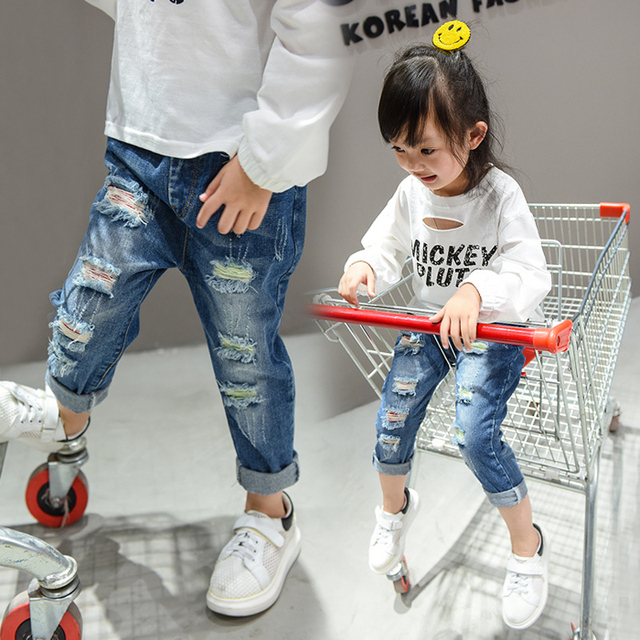 Girls Jeans 2016 new autumn  fat big size Straight Jeans Korean children pants joker hole trousers