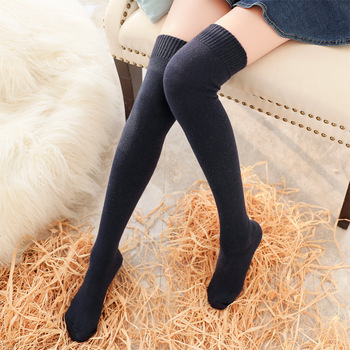 2016 New Winter Lady Fashion Sexy Solid Color Stockings Knee Cashmere Knee Warm Longer Cover College Wind Stockings
