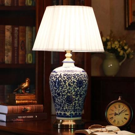 Китайский Синий и белый фарфор Настольные лампы затемнения Китай цветок лампа для чтения ...