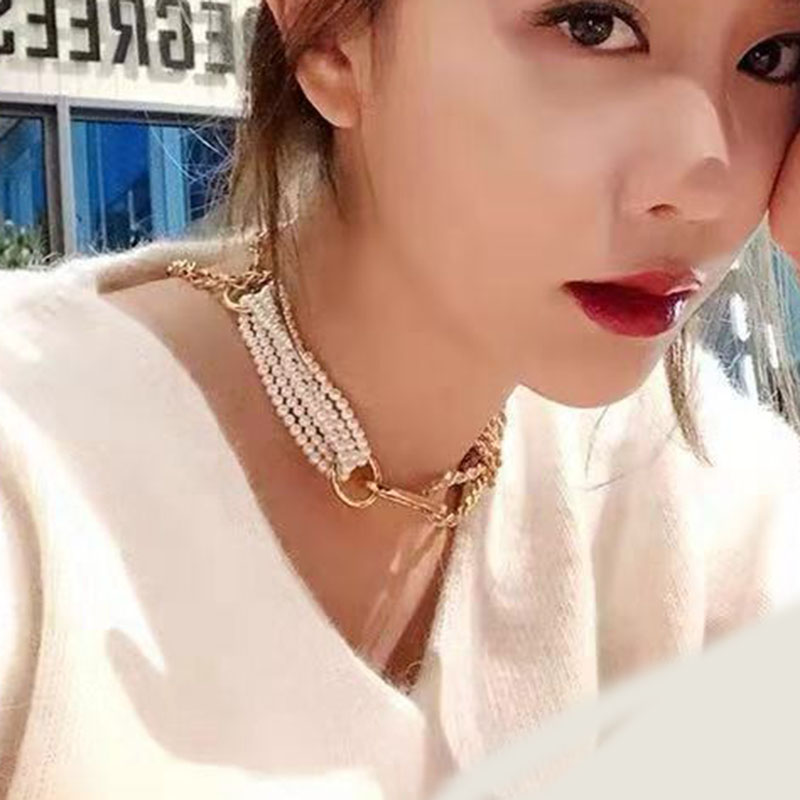 Fashion temperament pearl necklace heavy design pearl metal joint necklace female clavicle chain temperament necklace 891 chain