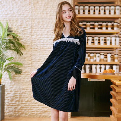 Fashion Women Lace Trim Velvet Nightgown Knee-Length Sleepshirts Autumn Long-Sleeve Sleepwear Sexy V-Neck Nightdress Plus Size