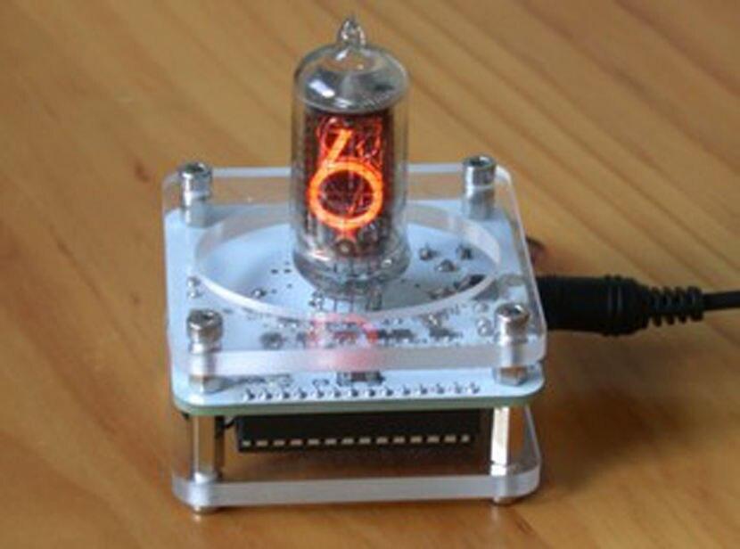 bilder für Nixie Uhr durch QS18-12 USB power
