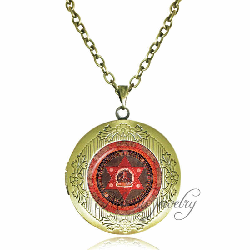 Vintage Star of David pendant necklace Dakini Buddhism