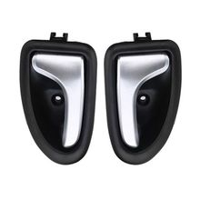 1 Pair Left / Right Black Chrome Car Cable Type Interior Door Handle For Renault for Renault Clio 2000-2009 black left right side car interior door handle knob hand handles for renault trafic clio 1999 up scenic megane