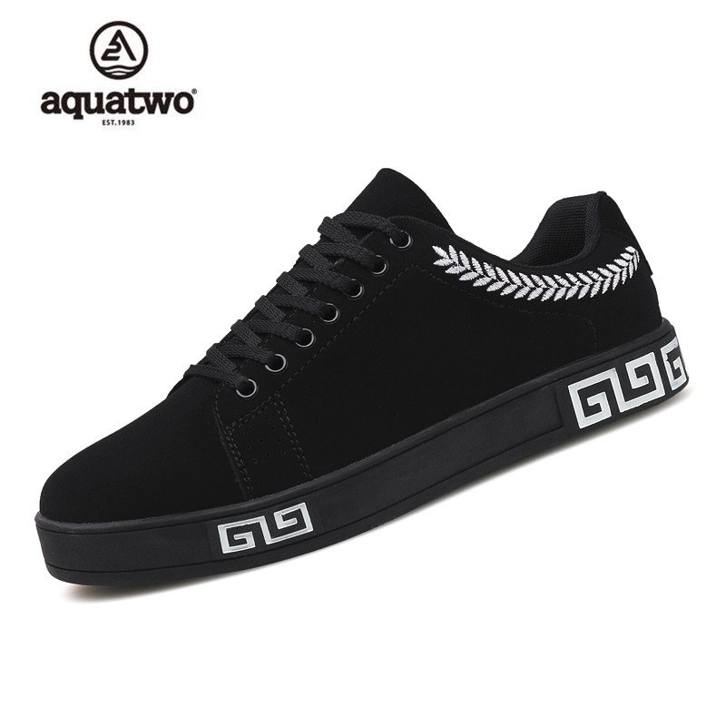 AQUATWO 2017 New Skate Shoes Men Suede Leather Lace Up Fashion Korea Style Shoes Red Black Gold Breathable Casual Shoes Men 英汉航空图解词典