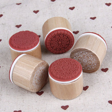 Cheaper 1Pc Vintage Floral Flower Pattern Round Wooden Rubber Stamps for DIY Scrapbooking Photo Album Decoration Embossing Craft
