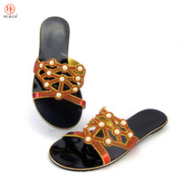 2018 New Arrival Red Color Italian Ladies Sexy Low Heels Women Pumps Rhinestones Ladies Slipper African Sandal Shoes for Parties