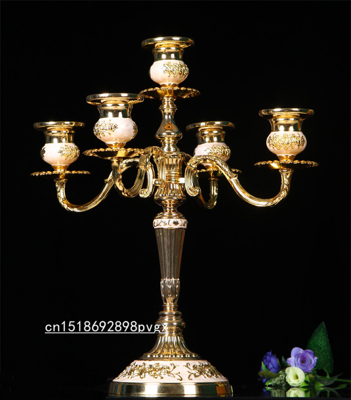 Luxurious Europen style shiny Golden plated centerpiece candelabra zinc alloy metal candle holder for wedding Xmas