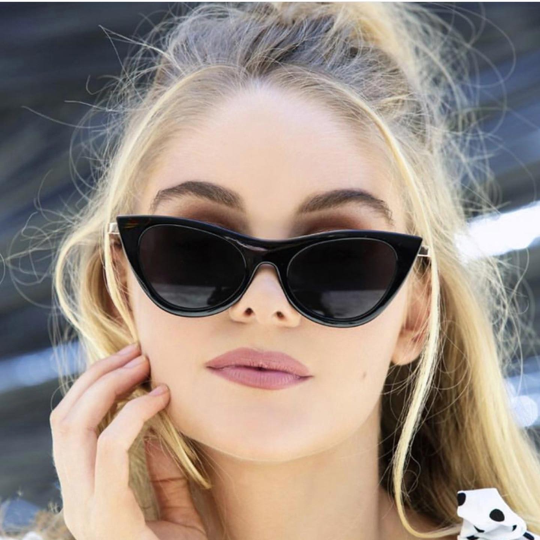 2018 Oversized Cat Sunglasses Women Luxury Brand Design Fashion Vintage Retro Festival Top Selling