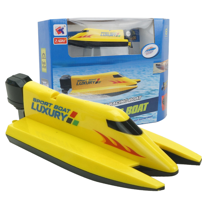 Mini RC Speedboat 4CH 2.4G High Powered RC Ship Outdoor Remote Control Titanic Ship Toys for Children