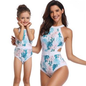 e414dcf6d La madre y la hija Floral baño ropa Bikini de las mujeres las niñas familia  juego traje de ropa para madre hija bañarse en la playa