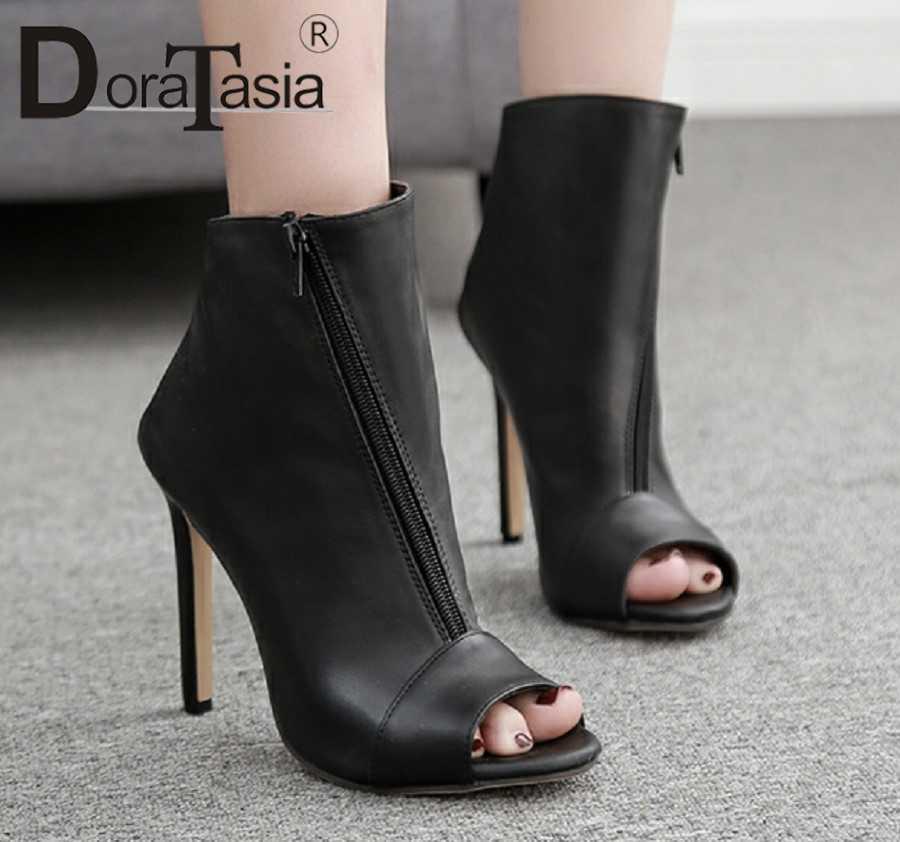 DoraTasia 2019 جديد الصيف الصنادل المرأة زقزقة اصبع القدم سستة إغلاق 11 cm سوبر عالية الكعب حزب النساء الصنادل أحذية نسائية امرأة