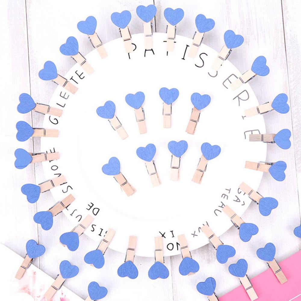 10 pçs/lote Mini Cube Forma da Forma Do Coração De Madeira Clipe Foto DIY Memo Paper Clips Titular Do Cartão Lugar De Madeira Roupas À Prova de Vento stand