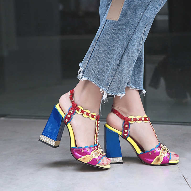 ZVQ Marke hohe qualität Schaffell leder frauen sandalen Sommer punk verzierte gothic süße mädchen super high heels schuhe plus größe-in Hohe Absätze aus Schuhe bei  Gruppe 2