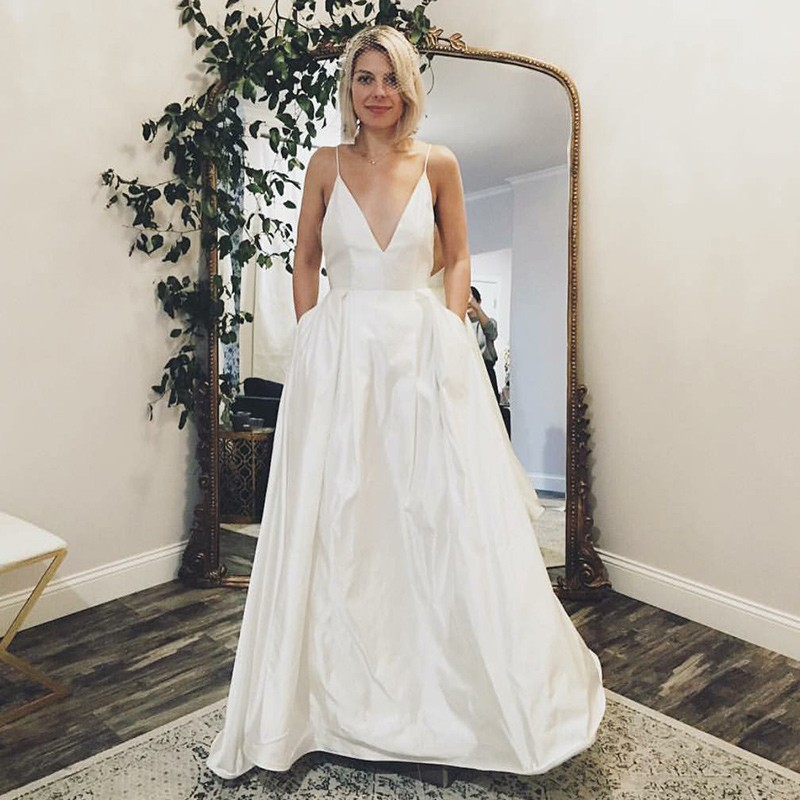 Spaghetti Straps V Neck White Satin   Prom     Dresses   with Pockets Modern Bridal Gowns