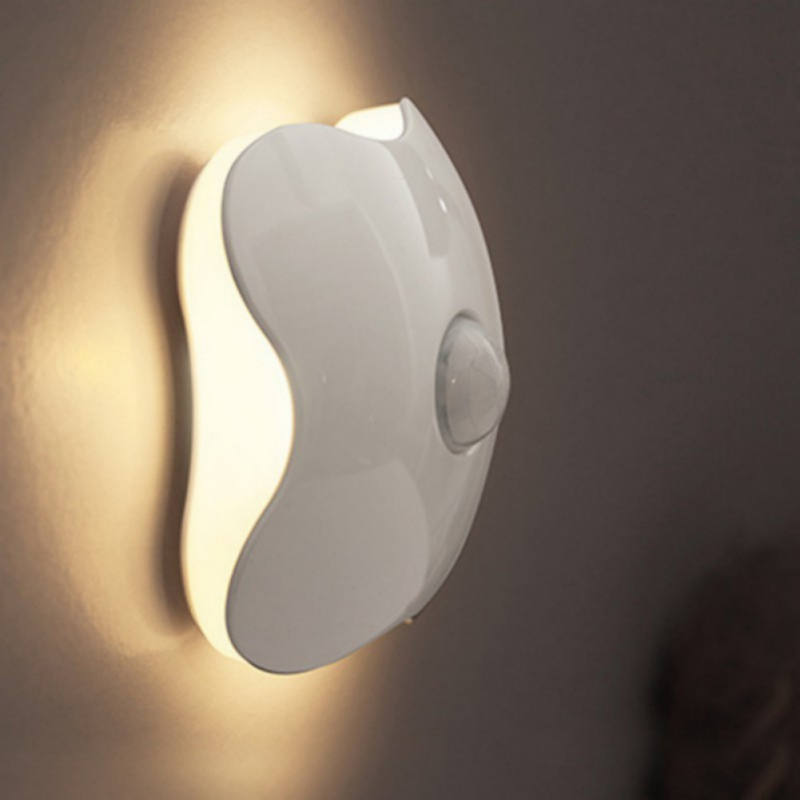 Motion Sensor Led Cabinet Night Light/Induction Sensor Wall Lamp Corridor Night Light Clover Shape Light Power 3*AAA battery