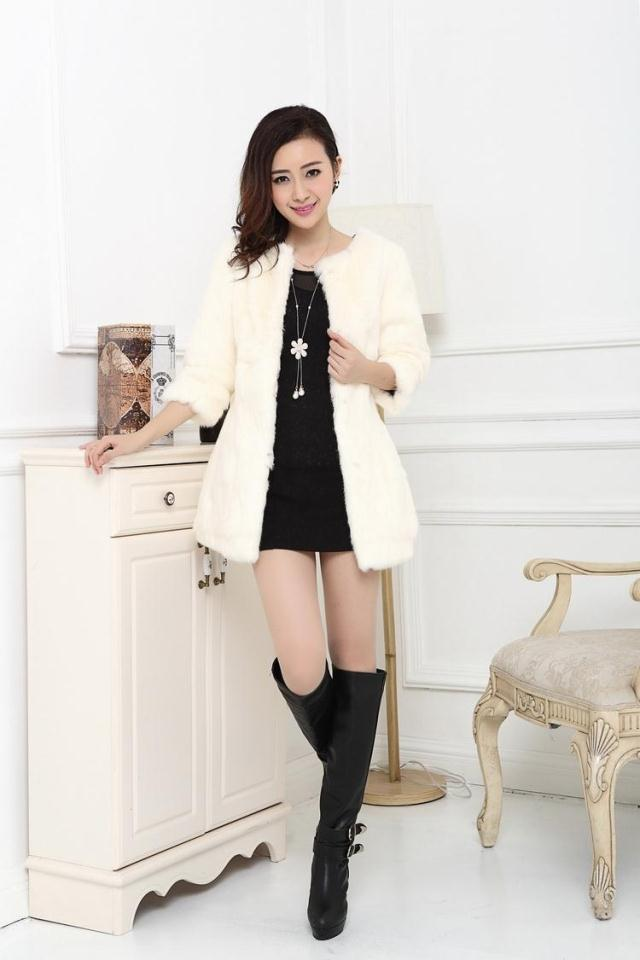 2017 New Rabbit Fur Coat In Really Long Fur Fur Coats Are Slim.