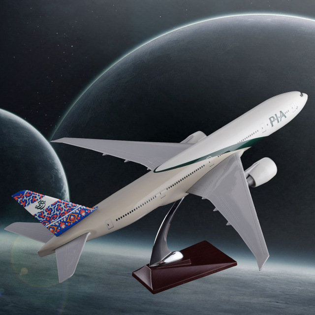 47cm Boeing 777 Pakistan Airplane Model B777 Airlines Airways Model Resin Aircraft Model Aviation Airbus Model Collection