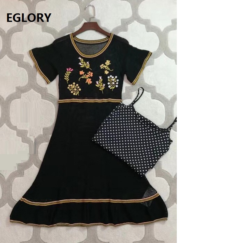 Hollow Out Sexy Summer Dress 2018 High Quality Woman Vintage Embroidery Flroal Knitted Dress Ladies 2 Piece Sweater Dress Casual