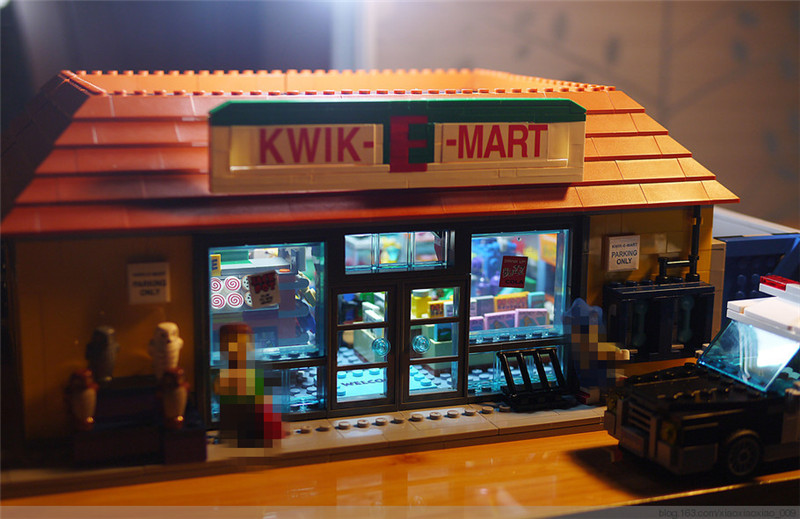 NEW Simpson KWIK-E-MART Model Set Building Blocks Bricks Model Assembling Toys Compatible with Lepins Educational Toys
