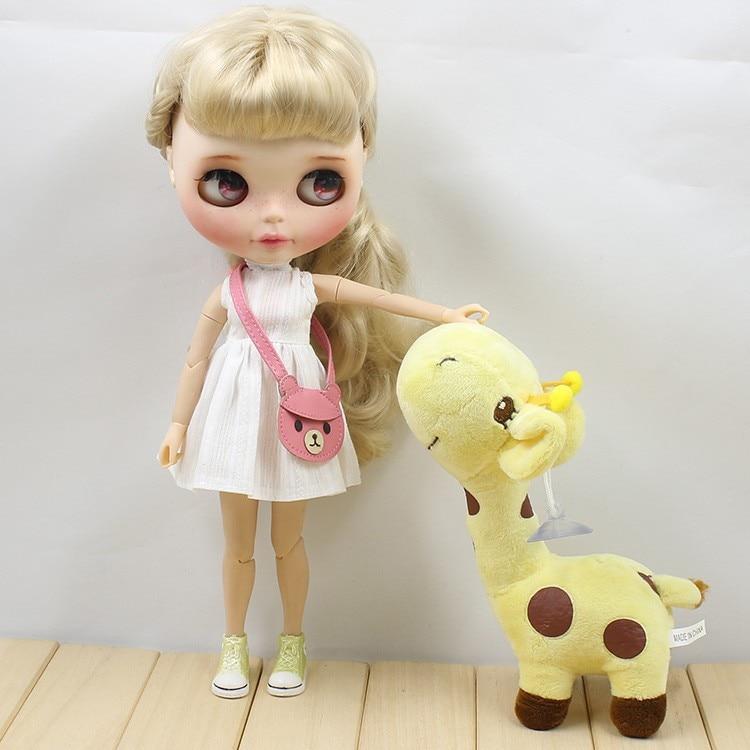 Neo Blythe Doll White Dress with Bear Bag 7