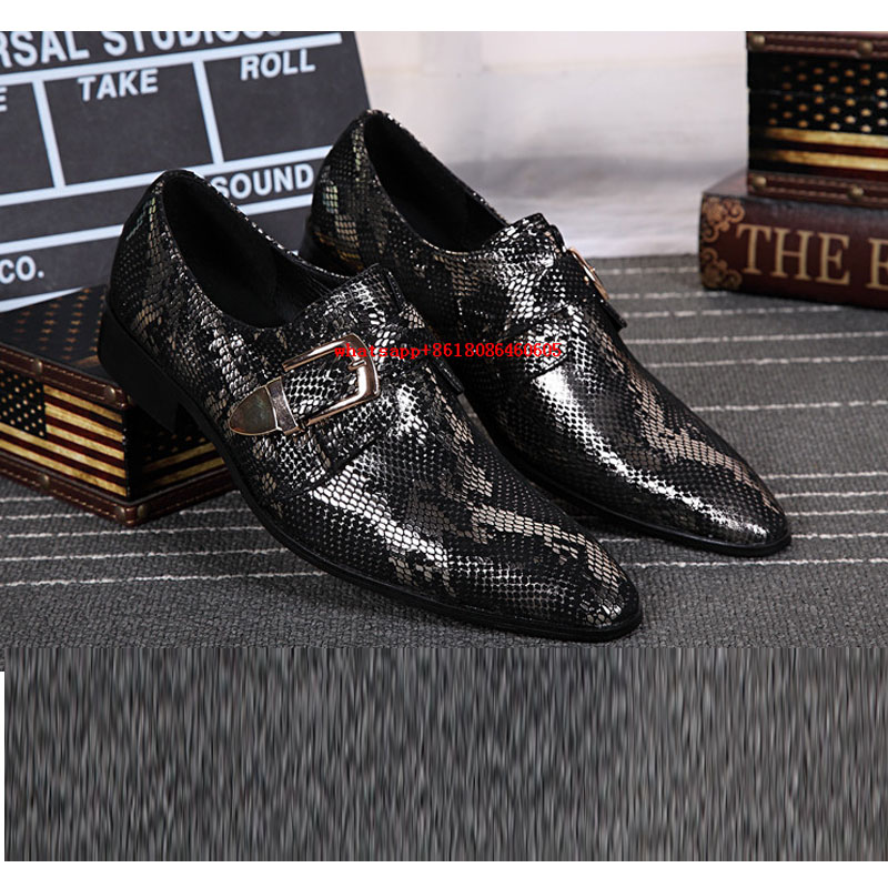 Fashion breathable mens glitter shoes black genuine leather italian loafers for men buckle mens velvet loafers slip on shoes new black embroidery loafers men luxury velvet smoking slippers british mens casual boat shoes slip on flat shoes espadrilles