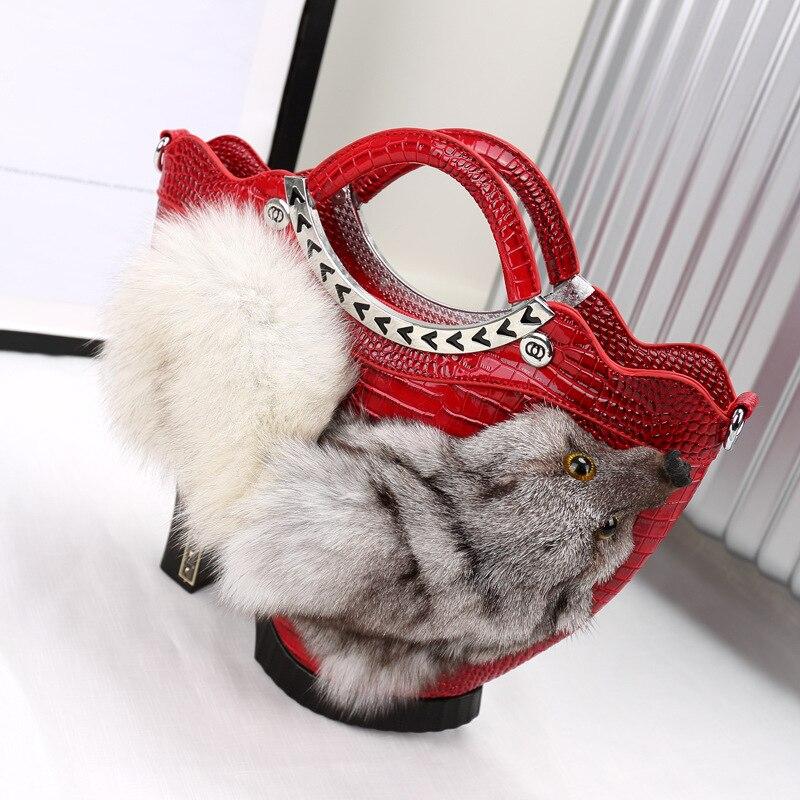Bagaj ve Çantalar'ten Üstten Saplı Çanta'de 2019 Kış Yeni taşınabilir Çanta Yüksek Topuklu Ayakkabılar omuzdan askili çanta Tilki fFur Kazak Tote Rahat Masaj çantası 778'da  Grup 1