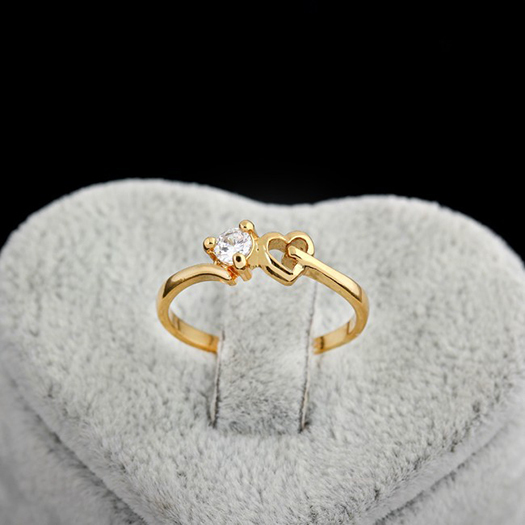 Hot Sale Ring Round CZ Heart Design Engagement Rings Wholesale For