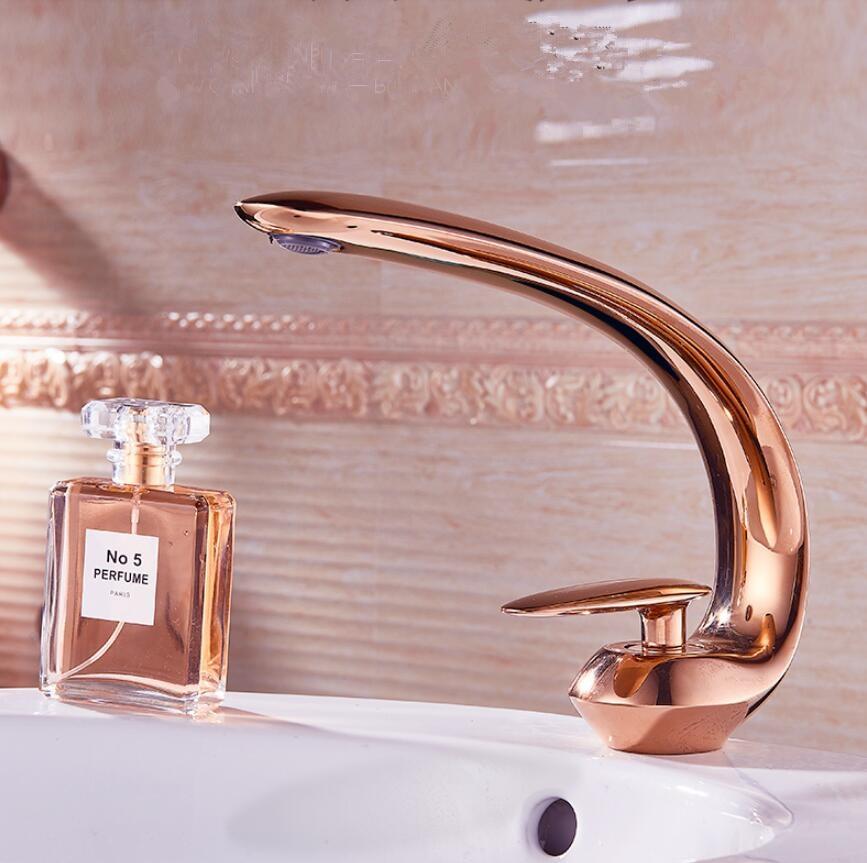 Rose Gold Basin Faucet Modern Bathroom Sink Mixer Tap Brass Wash basin Faucet Single Handle Single Hole  Crane For Bathroom