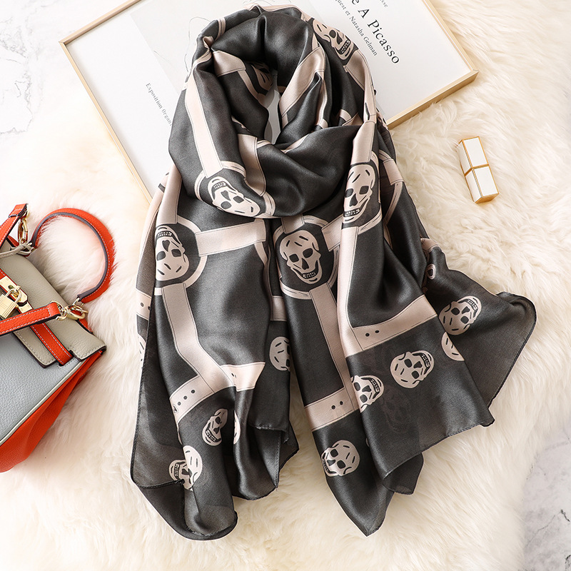 2019 Women Silk   Scarf   Euro Grey Skull Belt Head   Scarves     Wraps   Luxury Brand Quality Female Foulard Pashmina Shawls Hijab 180*90cm
