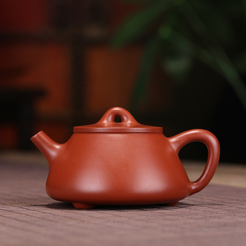 wholesale authentic yixing masters all hand recommended undressed ore zhu mud stone gourd ladle dahongpao tea potwholesale authentic yixing masters all hand recommended undressed ore zhu mud stone gourd ladle dahongpao tea pot