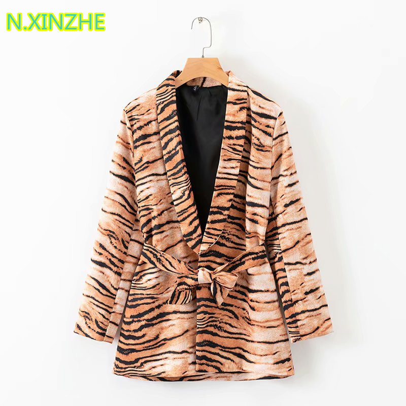 2019 Women Clothing Long Sleeve Tiger Skin Print Belt Satin Blazers Relaxed Coat Female Fashion Casual Loose Long Suits W3122