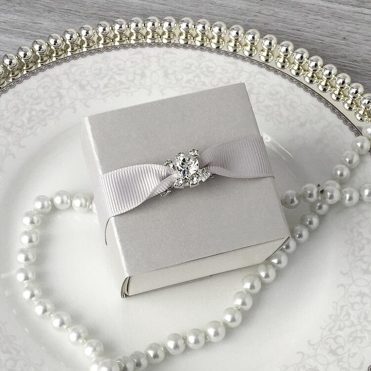 Elegant Silver Wedding Candy Gift Boxes With Ribbon And