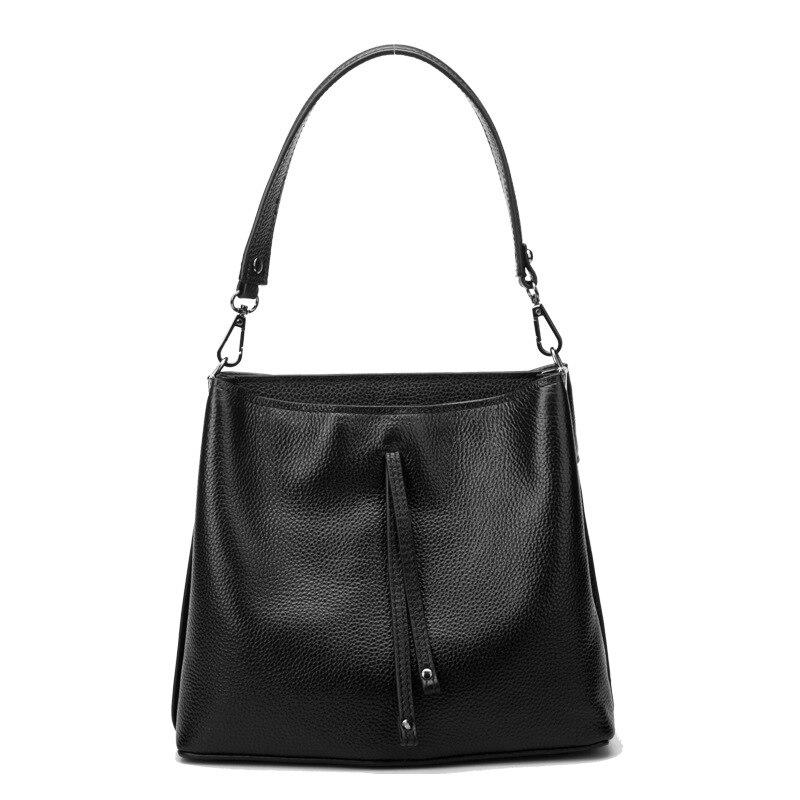 09f8d3dde 2018 mulheres couro rachado saco breve bolsa de ombro feminino bolsa de  alta qualidade saco balde alça ajustável