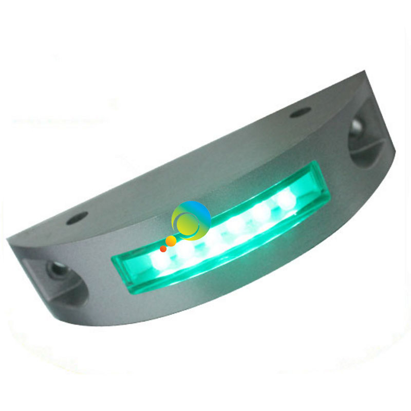 Flash Mode High Brightness Green LED Flashing Light Solar Road Marker Semicircle Waterproof Road Stud Reflector