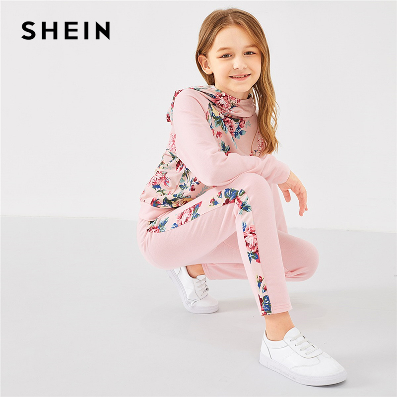 Фото - SHEIN Kiddie Pink Raglan Sleeve Floral Hoodie And Pants Set Two Piece Girls Kids Clothing 2019 Spring Long Sleeve Cute Suit shein kiddie girls white striped side casual top and shorts two piece set clothes sets 2019 spring long sleeve kids suit set