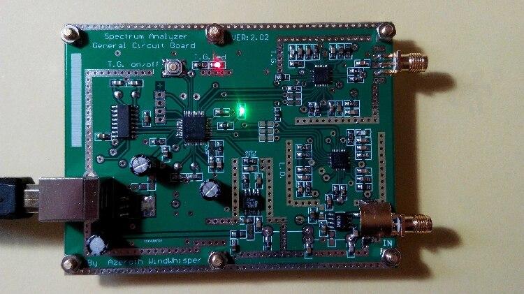 Analyseur de spectre Simple D6 (avec Source de suivi T. G.) V2.02 Source de Signal Simple