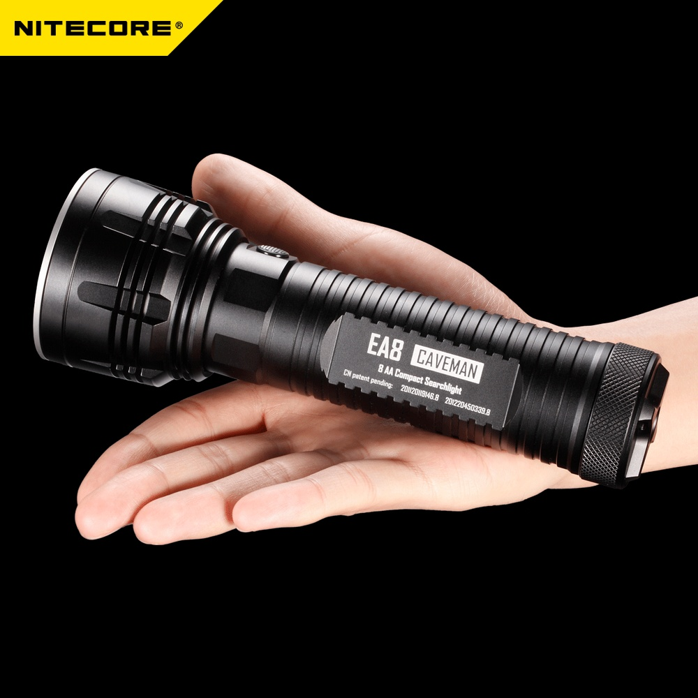 2017 New NITECORE EA8/EA8W 900 Lumens CREE U2 LED 8*AA Flashlight Hiking Camp Fishing Search Rescue Portable Torch Free shipping