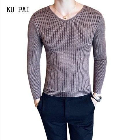 2018 British wind hair stylist Slim solid color sweater simple wild tight knit sweater V collar underwear men tide t-shirt