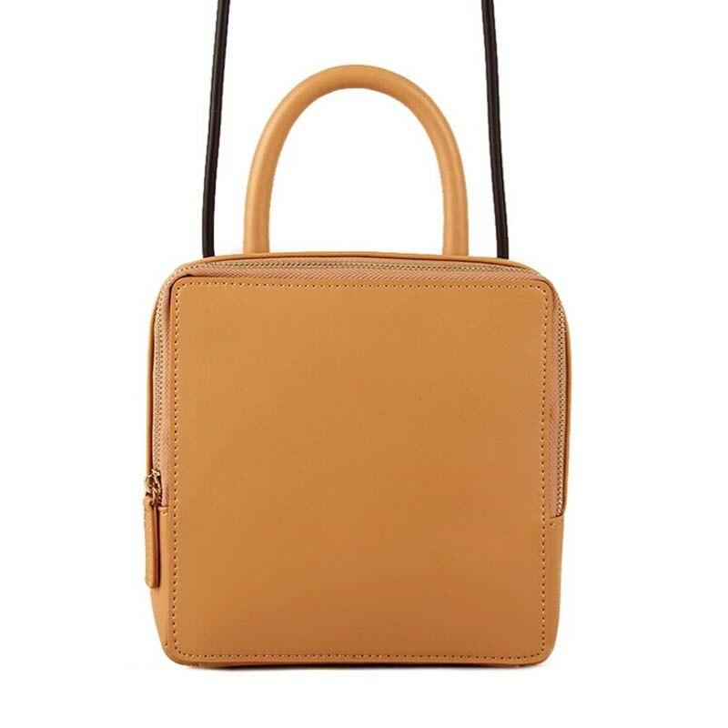 купить Women Shoulder Bag New Fashion Ladies Solid Zipper Big Flap Genuine Leather Ladies Shoulder Bag Single Vintage Famous Brand Bags по цене 3916.81 рублей