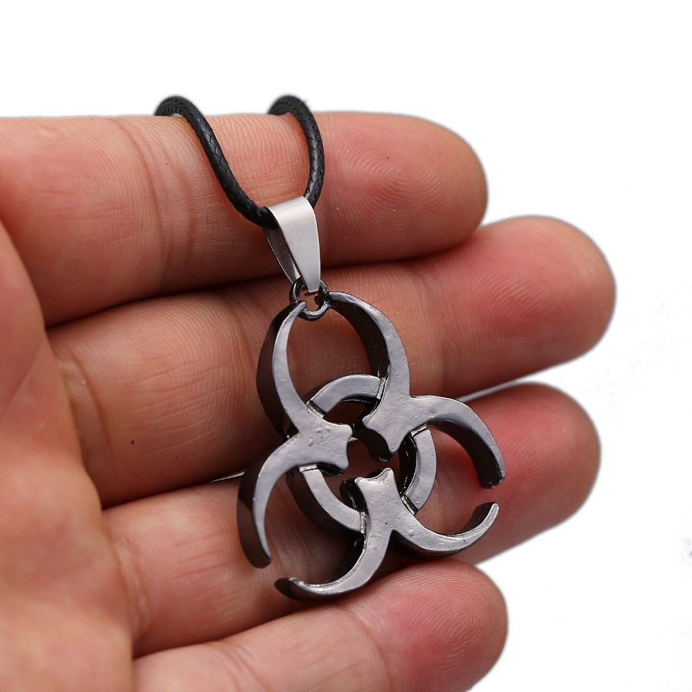 HSIC Biohazard Keychain Resident Evil Key Ring Holder Chaveiro New Game Keychains For Men Jewelry Gifts 102190