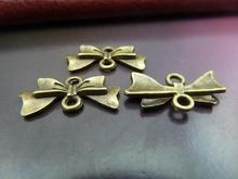 30pcs 10x20mm Antique Bronze Lovely Butterfly Bow Connector Link Charm Pendant c121
