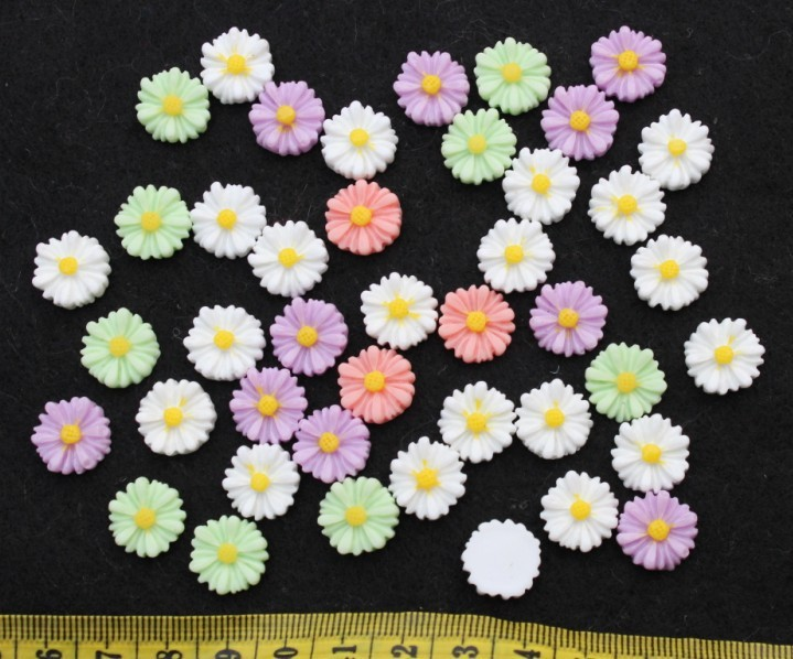 250pcs decoden mini daisy mumflower Resin Flower Cabochons cab - 12mm mixed colors