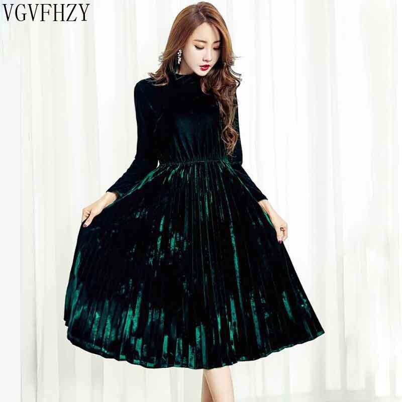 New Velvet Dresses For Women 2019 Spring Autumn Vintage Turtleneck Long Sleeved Black Green Pleated Velour Party Dresses LY1345