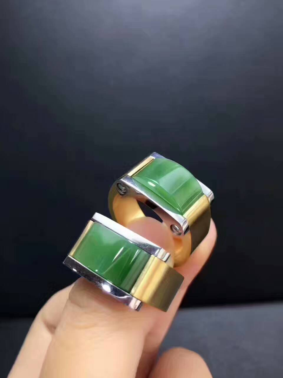 Natural bluestone male steel ring, domineering, the material color is very positive,/1