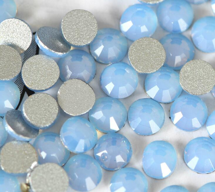 ss10 (2.7-2.9mm) Blue Opal Non-hotfix Rhinestones, 1440pcs/Lot, Flat Back Nail Art Glue On Crystal Stones 1440pcs ss10 2 7 2 8mm flat back 10ss lt sapphire glitter non hotfix glue fixed light blue color nail art flatback rhinestones