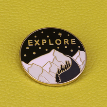 Mountain enamel pin explore adventure brooch Alpine nature scene tree starry sky badge outdoors travel jewelry backpack pins gif cheap Copper Brooches TRENDY Fashion Unisex ROUND Metal